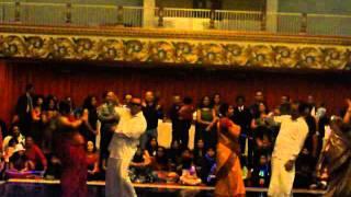 Why this kolaveri/Dhinka Chika Gala Holiday Party dance 2011.MP4