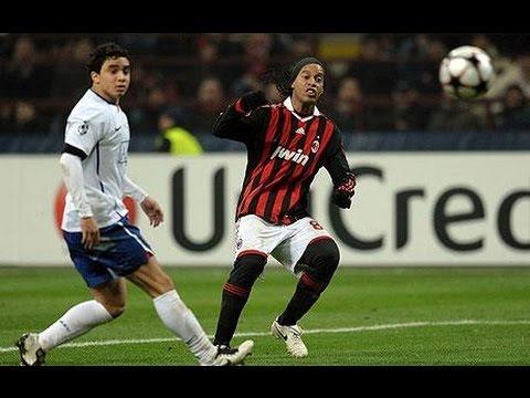 Ronaldinho Amazing Skill Vs Rafael Da Silva