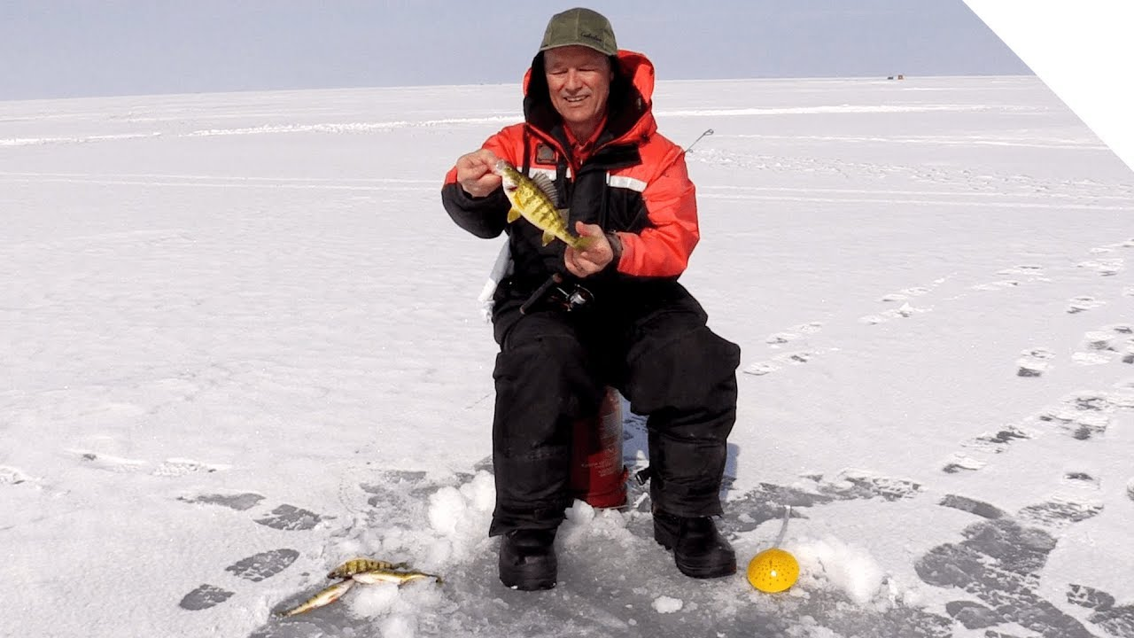 Last day of the season ice fishing on lake st clair for Ice fishing lake st clair