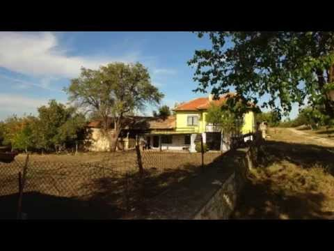 Nice Bulgarian House for sale in village 40 miles away from Ruse