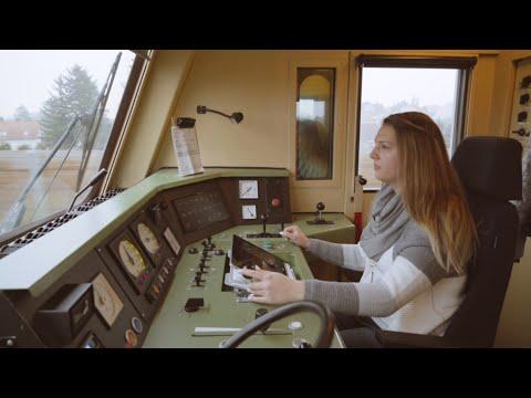 #schaffenwir #wirsindtourismus - ÖBB-Lokführerin Jennifer Marth