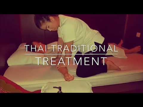 Hand Reflexology Treatment by Thai masseur