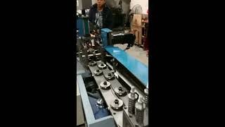 Automatic straightening machine is completely cut off, without cutting tools