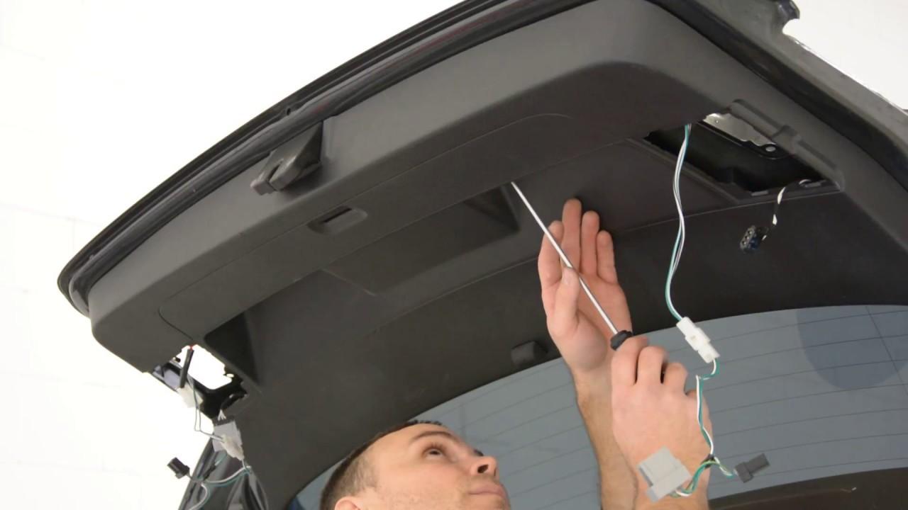 Vw Golf Mk6 Tailgate Panel Removal Youtube 01 Volkswagen Passat Radio Wire Diagram