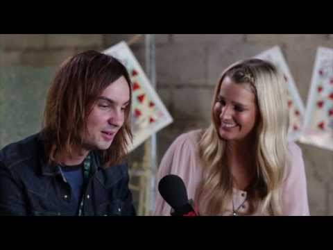TAME IMPALA - Groovin The Moo 2013 Interview BPMTV - YouTube