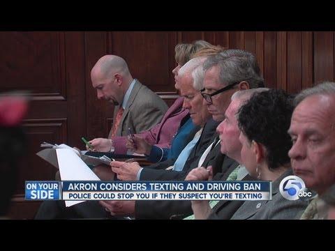 Akron debates texting laws