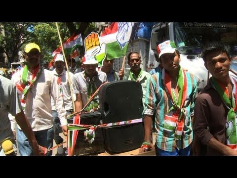 Mumbai slum dwellers wary election promises