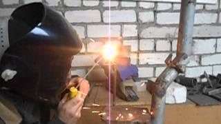 Сварка тонкого листового металла (горизонтальный шов)(Как варить горизонтальный шов на тонком металле., 2015-11-02T16:30:37.000Z)