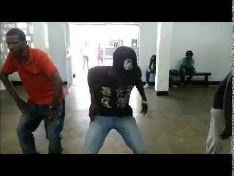 freestyling @ naks (#Suriname)