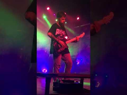 Neck Deep - Torn (Natalie Imbruglia cover) live in Nashville, TN