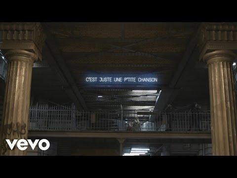 Voorspelling beeld van: Les Enfoirés - Juste une ptite chanson (audio + paroles)