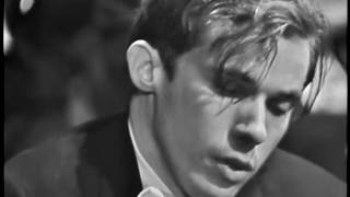 Glenn Gould and Leonard Bernstein: Bach's Keyboard Concerto No. 1 in D minor (BWV 1052) thumbnail