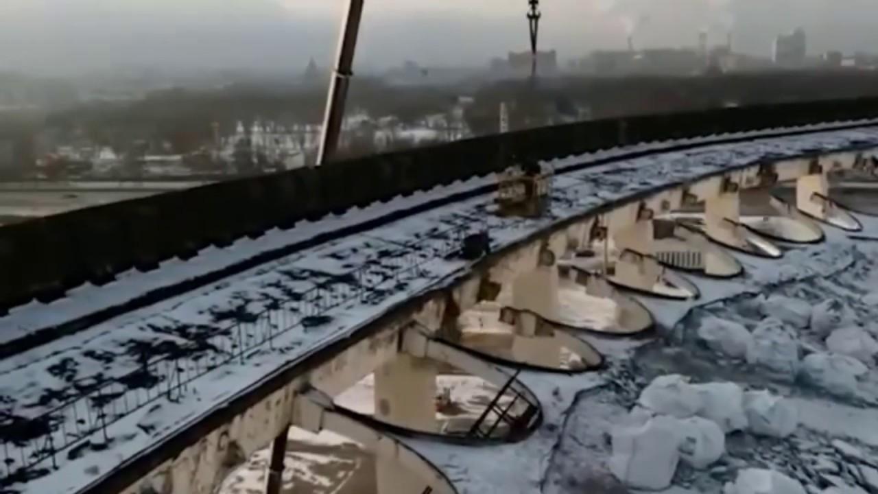 Обрушилась крыша СКК в Петербурге