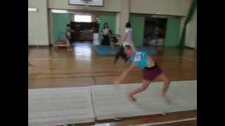 DanceClimax2013 連続 前方倒立回転 練習中