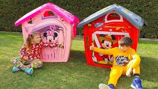Ali and Adriana build new Disney Mickey Mouse and Minnie Mouse playhouses