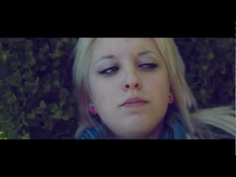 Neopolitan Dreams (music video)