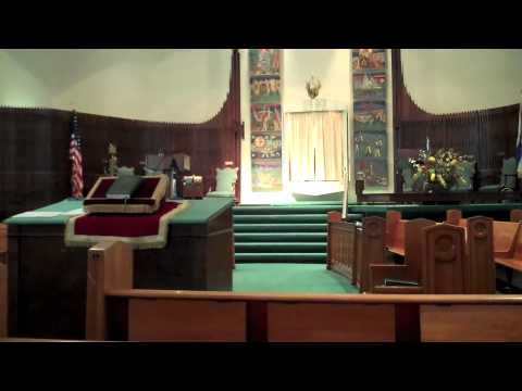 What To Expect At A Synagogue - InterfaithFamily.com