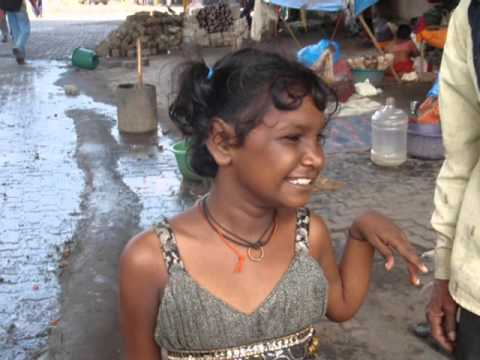 AHNDARI INDIA STREET KIDS PICS1.wmv