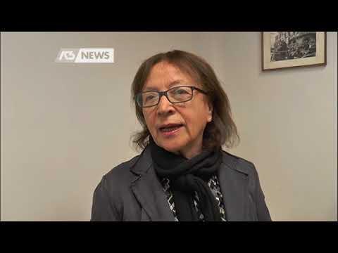 LE RUBANO LE CHIAVI MENTRE CANTA IN CHIESA: CASA SVALIGIATA