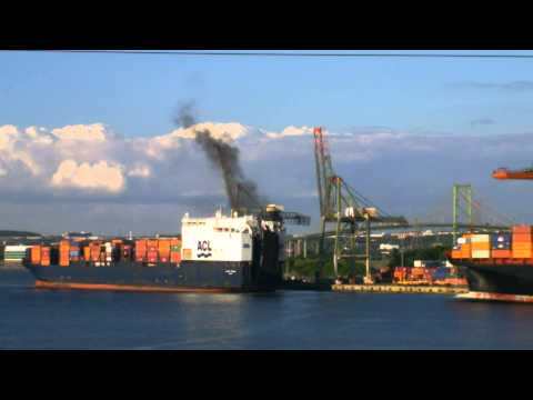 Halifax Container Ship Spotting - Yantian Express unloads as Atlantic Compass docks July 31, 2013