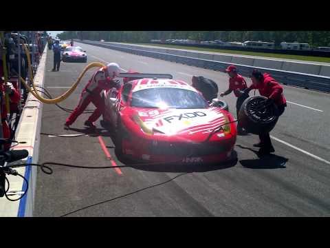 AIM Autosport FXDD Ferrari Pit Stop