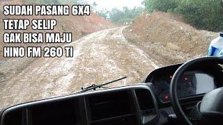 Download Video Dump Truk Hino Terjebak Hujan Dijalan Tanah Yang Menanjak, Selip Gak Bisa Gerak MP3 3GP MP4