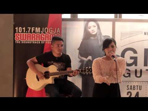 Gita Gutawa -  Bukan Permainan (Live at Canting Restaurant)