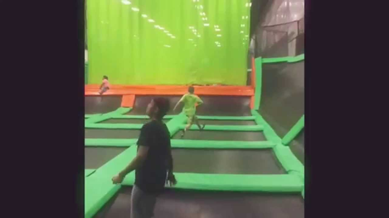 LAUNCH trampoline Park-Hartford,CT - YouTube