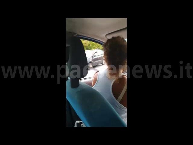 Sessa Aurunca lite all''uscita di scuola, ferito vigile urbano