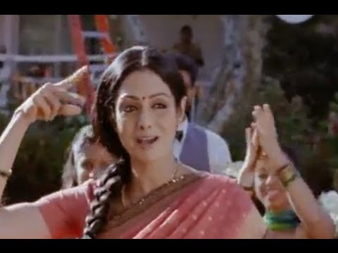 Ummachchi Ummachchi (Full Song) - English Vinglish
