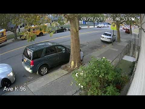 Scammer Poops on Sidewalk in Canarsie Brooklyn