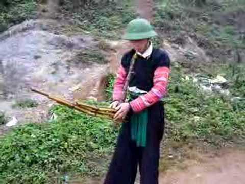 Hmong khaene ( Qeej Hmoob )