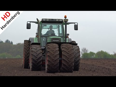 Preparing land for maize | DOUBLE FENDT POWER | Uddel | Netherlands.