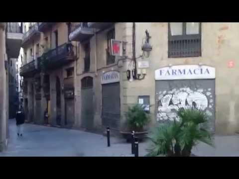 Walking in Barcelona: Barrio Gótico (Barri Gotic) # 4 (Spain)