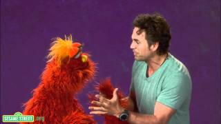 Repeat youtube video Sesame Street: Mark Ruffalo: Empathy