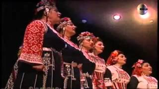The Mystery of bulgarian voices  -  С фолклор в Европа