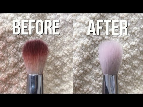 HOW TO CLEAN MAKEUP BRUSHES FAST!