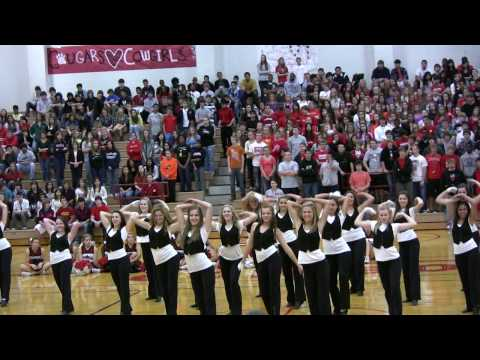 Coppell High School Lariettes Drill Team Pep Rally October 30, 2009 (HD)