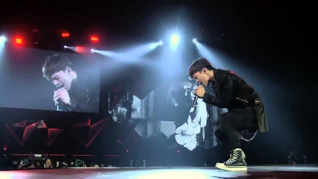 EXO – Chen Uprising