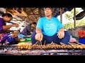 Traveling in Bali - AMAZING FOOD and Attractions in UBUD, Bali, Indonesia!