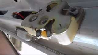 Установка электропривода замка багажника на ВАЗ 2107(, 2013-08-28T05:01:44.000Z)
