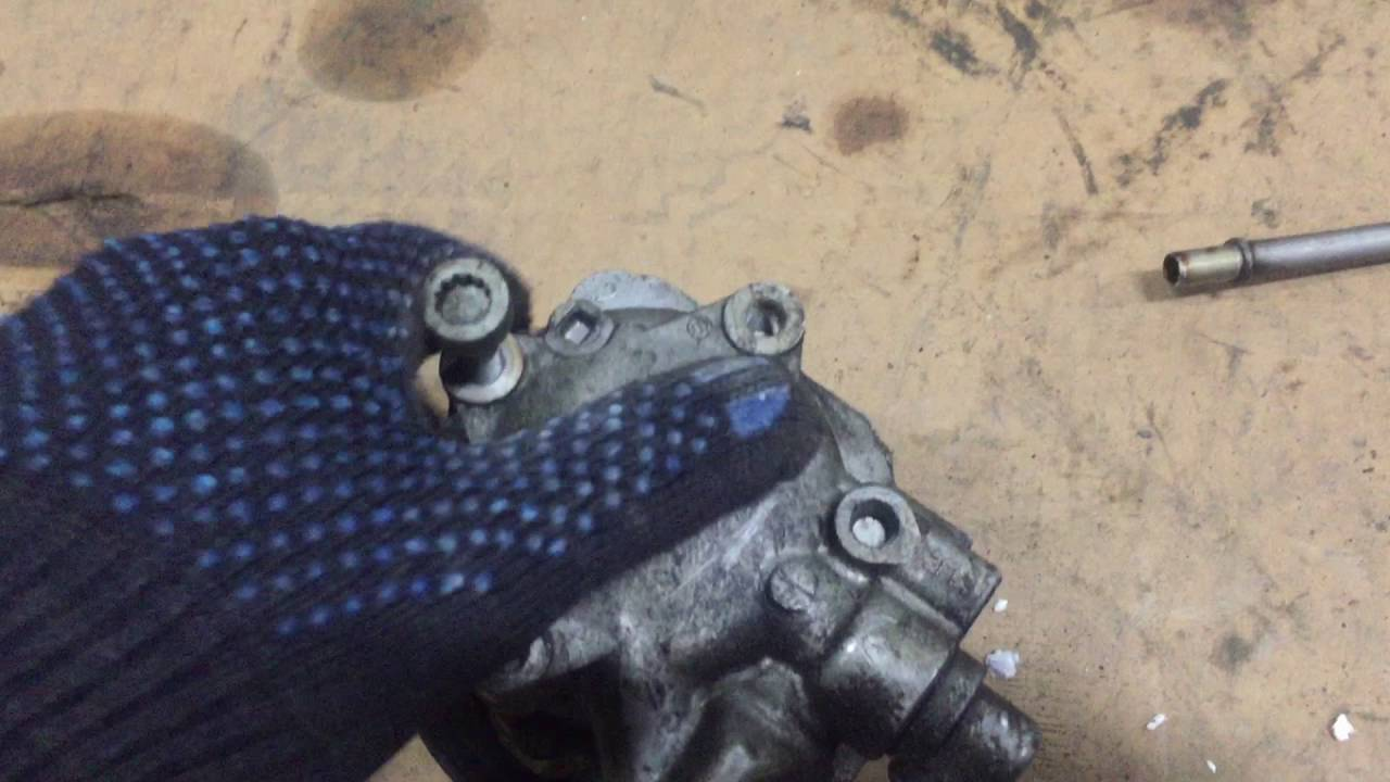 Насос гидро усилителя руля Фольксваген Туарег 7p 7P0422154A