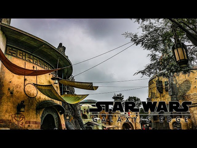 A Rainy Day on Batuu Star Wars: Galaxy's Edge HD
