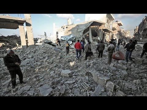 مقتل 19 مدنياً بينهم 8 أطفال في قصف جوي شنته طائرات روسية وسورية بمحافظة إدلب…  - نشر قبل 3 ساعة
