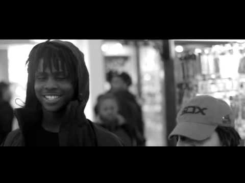 Chief Keef Feat. Soulja Boy - Say She Luv Me Official Video.
