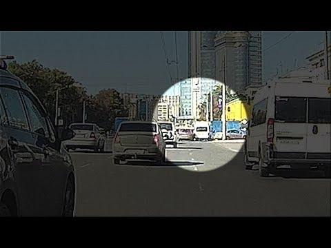 Момент ДТП с разбившейся в центре Челябинска маршруткой   74.ru
