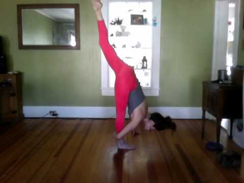 30 Minute Advanced Yoga Flow. Workout | Play | Practice | Joy | Fun | Love | Vinyasa.