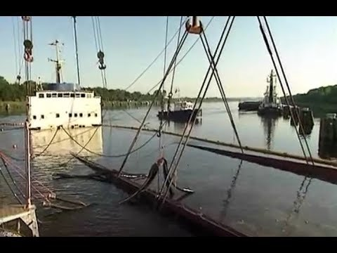 Wijsmuller Salvage - The refloating of the m/v  UNO