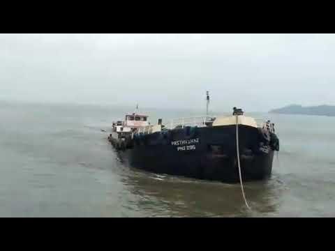 SHIP ACCIDENT MUMBAI CARGO BARGE