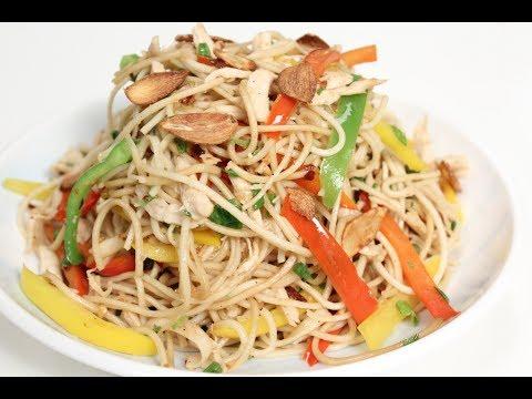 Chicken Burnt Garlic Noodles | Sanjeev Kapoor Khazana